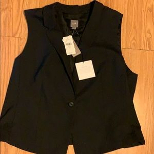 J Jill darling black vest